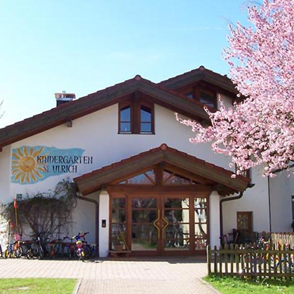 Dorfleben Kita Burgberg im Allgäu