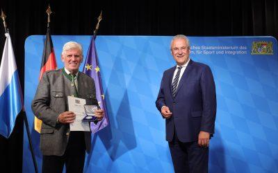 Verdienstmedaille in Silber für Altbürgermeister Dieter Fischer